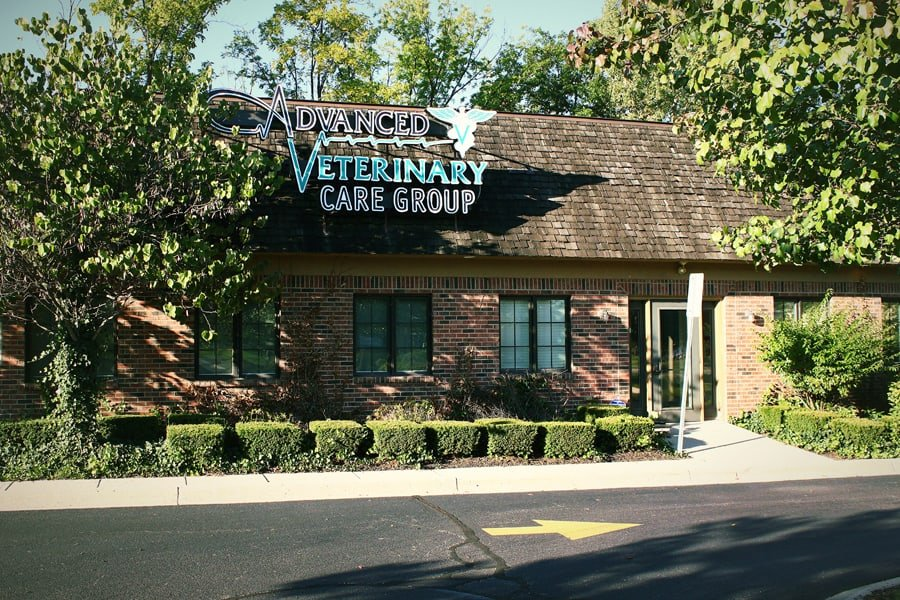 Clinic front of Advanced Veterinary Care Group